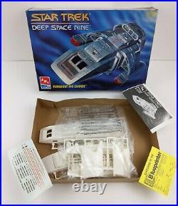 Vtg Lot of 3 Monogram SeaQuest Stinger + AMT Star Trek DS9 Rio Grande Model Kits